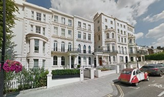 w11 light removal service in notting hill